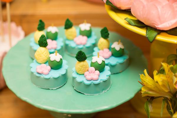 doces festa havaí