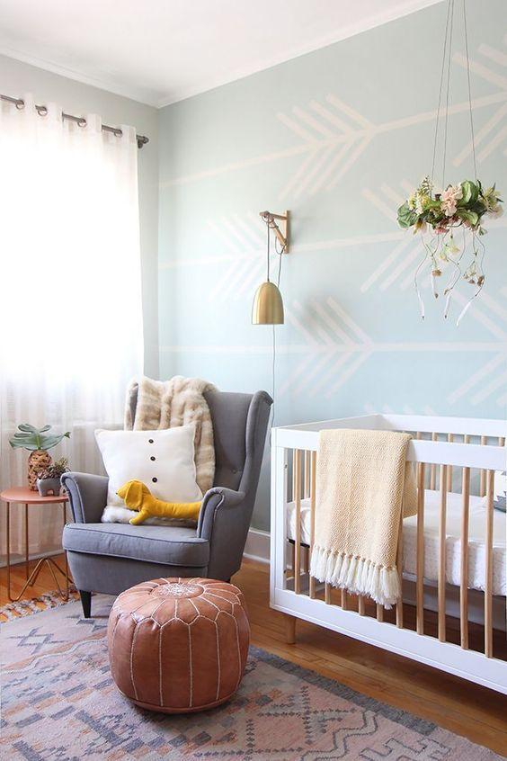quarto de bebe papel de parede azul DIY